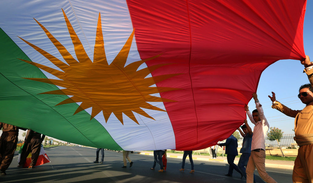 Kurds for independence demonstrate outside the UN in Erbil