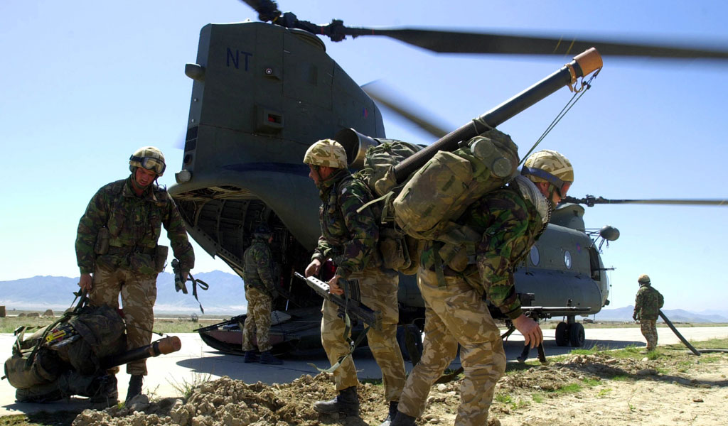 British commandos prepare to board a Chinook helicopter in Afghanistan