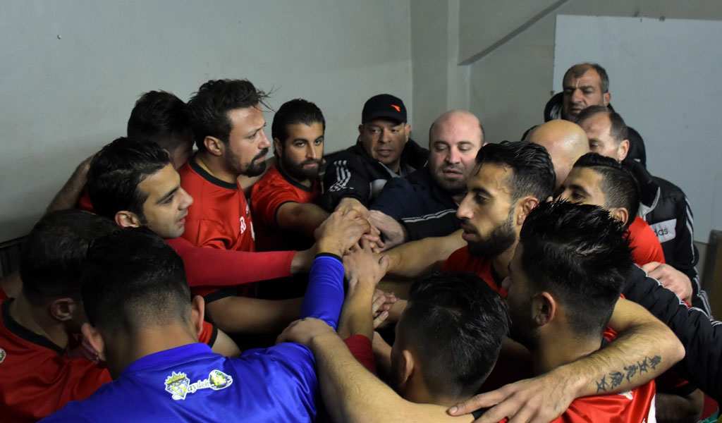 A Syrian soccer team (Photo: GEORGE OURFALIAN/AFP/Getty Images