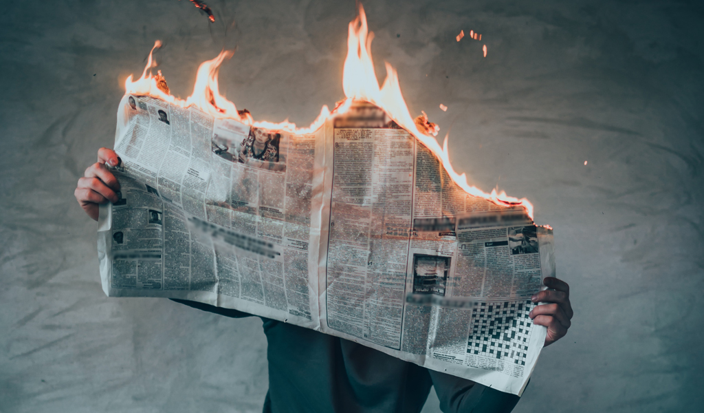 Newspaper-on-Fire-elijah-o-donell-unsplash.jpg