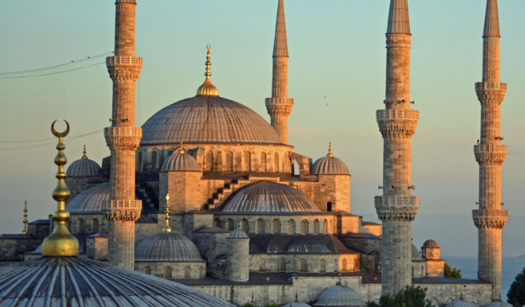The famous Sultan Ahmed Mosque known as the Blue Mosque in Turkey (Photo: Wikimedia Commons/Nserrano/CC4.0)