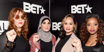 Linda Sarsour (second from left) with fellow Women's March organizer's (l to r) Bob Bland, Carmen Perez and Tamika D. Mallory attend BET's Social Awards 2018 (Photo: Paras Griffin/Getty Images for BET)