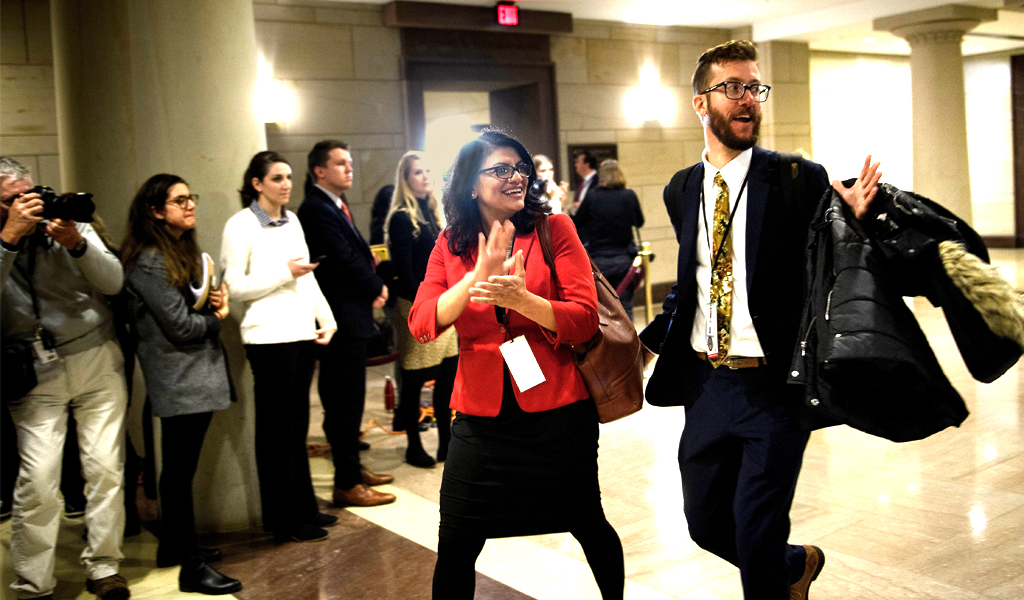 Incoming Representative Rashida Tlaib (C) arrives for a House of Representatives member-elect welcome briefing on Capitol Hill November 15, 2018 in Washington, DC. (Photo: BRENDAN SMIALOWSKI/AFP/Getty Images)