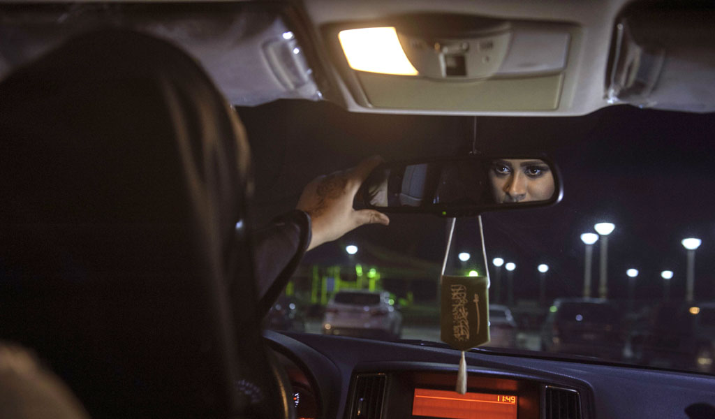 Even though Saudi woman can now drive, their movements can be tracked (Photo: HUSSAIN RADWAN/AFP/Getty Images)
