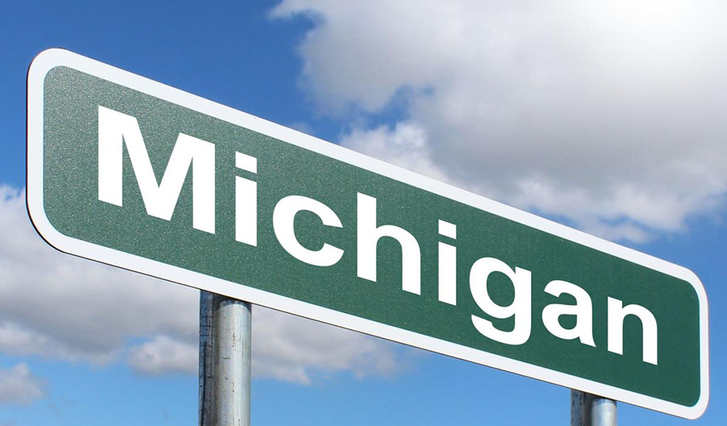 Michigan sign (Photo: Nick Youngson / Alpha Stock Images - https://creativecommons.org/licenses/by-sa/3.0/)