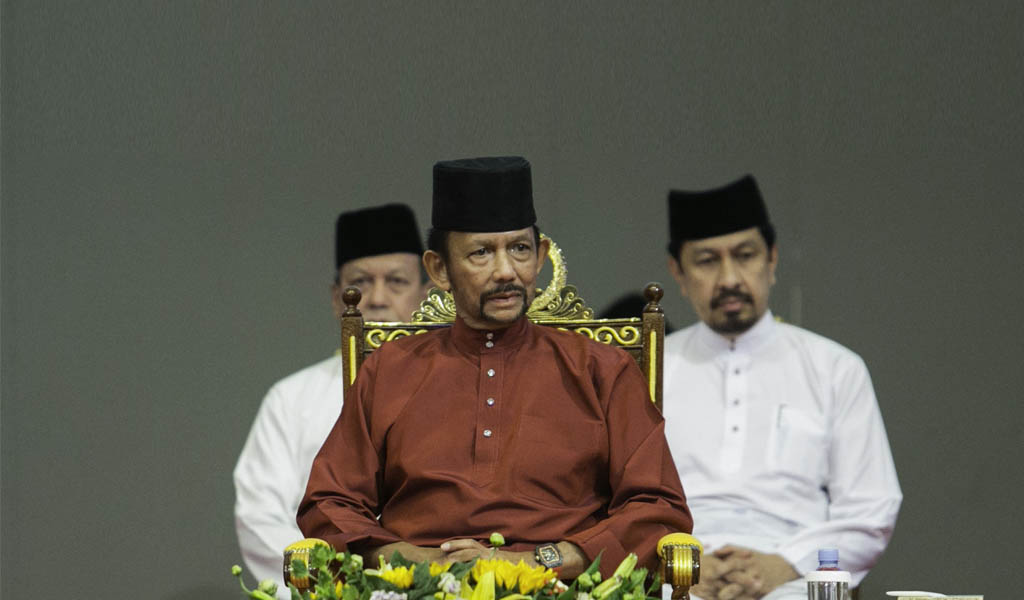 Brunei's Sultan Hassanal Bolkiah (C) attends an event in Bandar Seri Begawan on April 3, 2019, the day the sharia penal was to take full effect. He called Islamic teachings in the country to be strengthened. (Photo: AFP/Getty Images)
