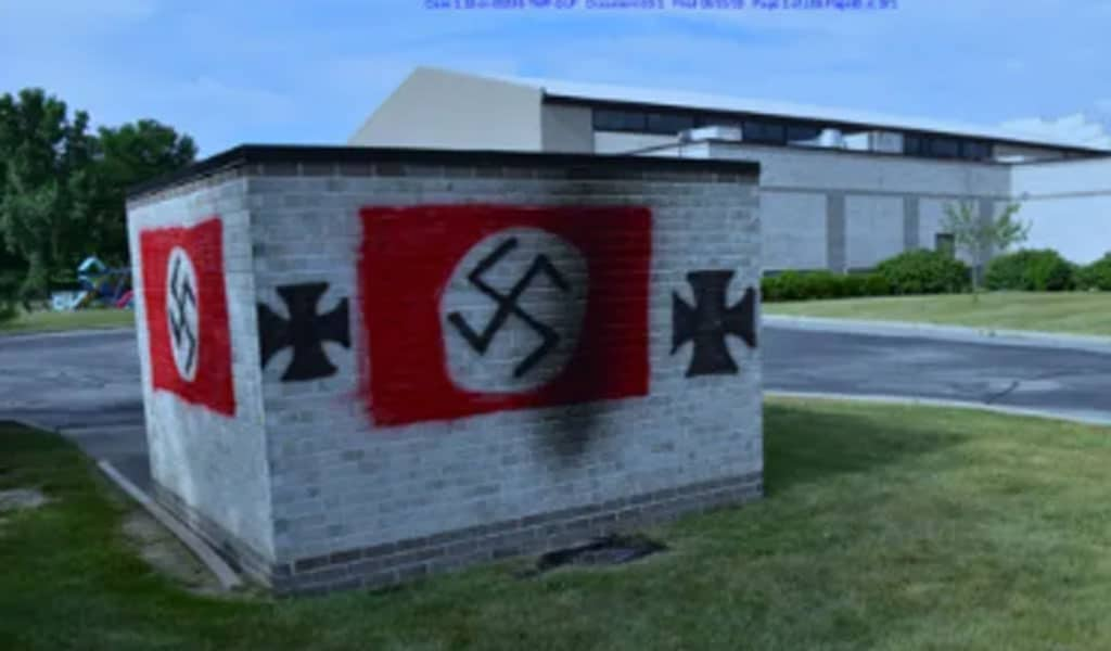 Nazi symbols painted by Brewer in fron of the Shaarey Tefilla synagogue in Carmel, Indiana (Photo: Government exhibit)