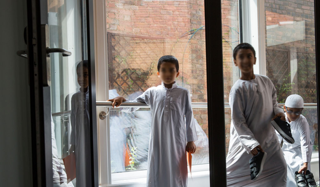 Boys at the East London Mosque, which is known for its extremism (Photo: Rob Stothard/Getty Images)