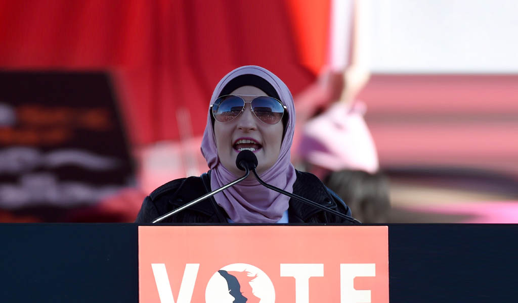 Linda Sarsour at a voter registration rally (Photo: Ethan Miller/Getty Images)