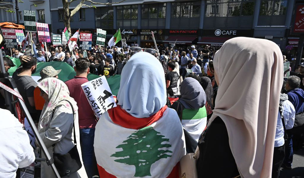 Al Quds Day demonstrators in Berlin, Germany where Hezbollah symbols are banned but not the entire organization (Photo: TOBIAS SCHWARZ/AFP/Getty Images)
