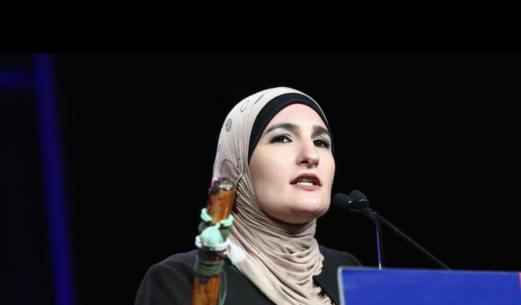 Linda Sarsour (Photo: Monica Schipper/Getty Images for The New York Women's Foundation )