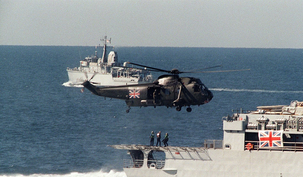 A British Navy Sea King helicopter lifts off from the back of a British warship in December 1987. Back then, the UK flexed its muscle when Iran attacked tankers in the Strait of Homuz (Photo: NORBERT SCHILLER/AFP/Getty Images)