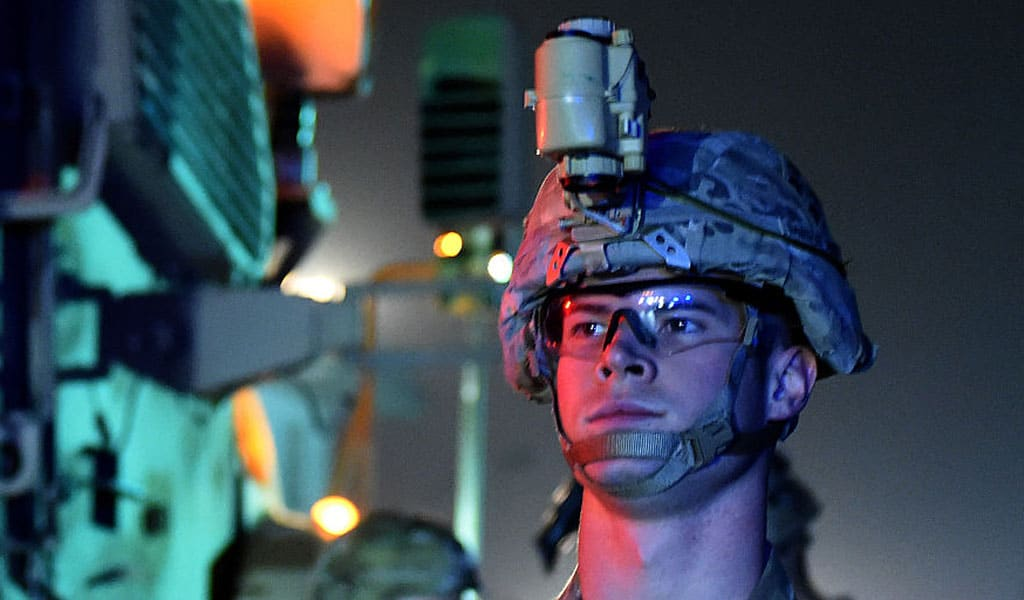 A U.S. soldier patrols in Kabul after an earlier suicide and car bombing (Photo: WAKIL KOHSAR/AFP/Getty Images)