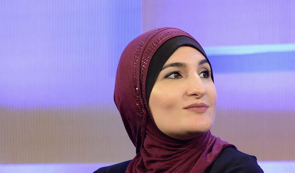 Linda Sarsour (Photo: Andrew Toth/Getty Images for Vanity Fair)