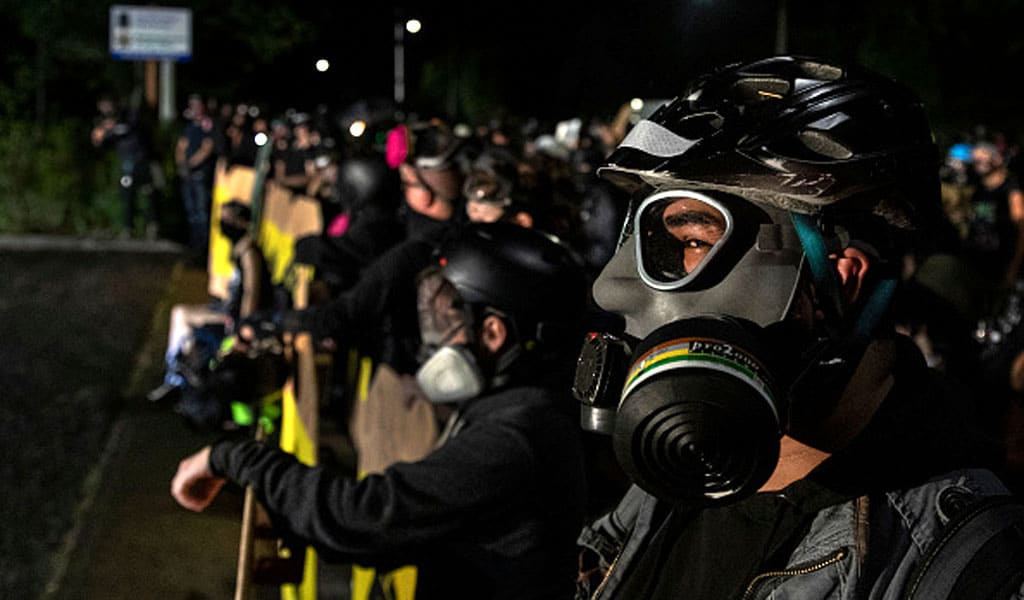 Antifa activists in Portland face off with police August 15, 2020 (Photo: Paula Bronstein/Getty Images )