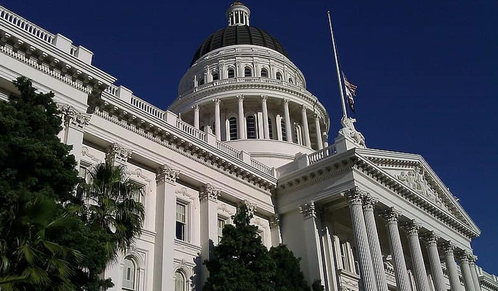 The California Capitol Building in Sacramento (Photo: Pikist)