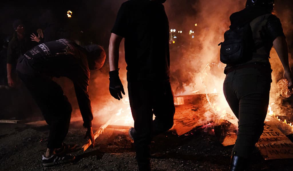 A scene from the riots in Portland, Oregon (Photo: Spencer Platt/Getty Images)